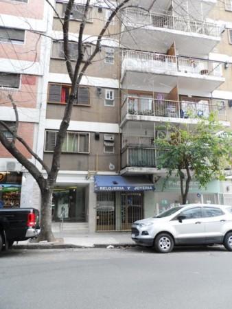 PALERMO, LOCAL a la CALLE. 19 mt2. Paraguay y Armenia. $ 24.000 Exp. $ 5.000
