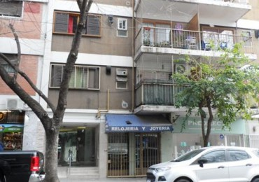 PALERMO, LOCAL a la CALLE. 19 mt2. Paraguay y Armenia. $ 24.000 Exp. $ 5.000