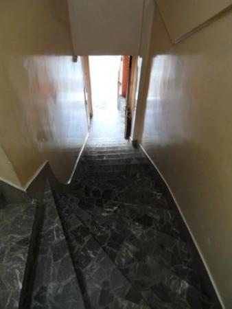 PALERMO, OFICINA 1er piso x escalera. al frente. 110 mt2. Guemes y Gurruchaga. $ 30.000 NO PAGA Expensas